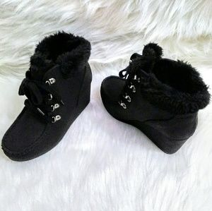 Black Wedge Ankle Boots!